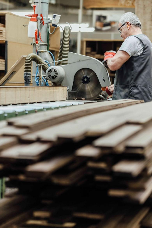 Holzplatten Produktion