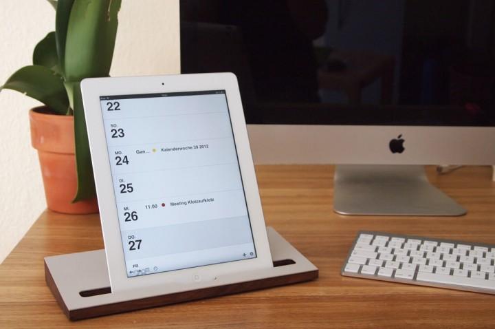 Ständer Nussbaum (kompatibel zu iPad)