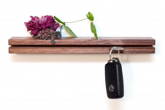 Schlüsselhalter Nussbaum