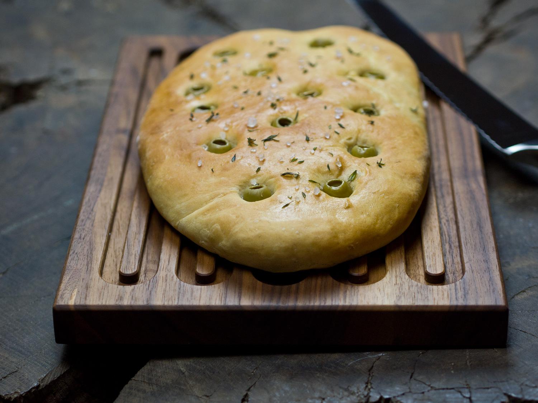 focaccia-mit-oliven