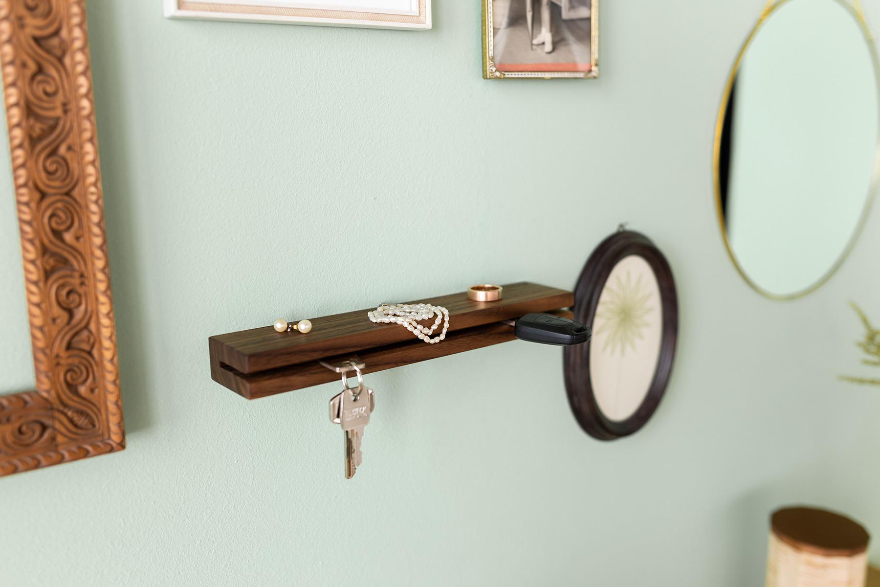 Schlüsselbrett und Schlüsselleiste