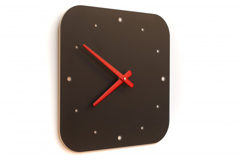 wanduhr schwarz klotzaufklotz exzellente holzprodukte. Black Bedroom Furniture Sets. Home Design Ideas