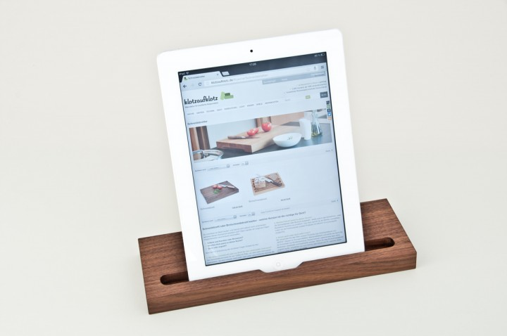 ipad st nder klotzaufklotz exzellente holzprodukte. Black Bedroom Furniture Sets. Home Design Ideas