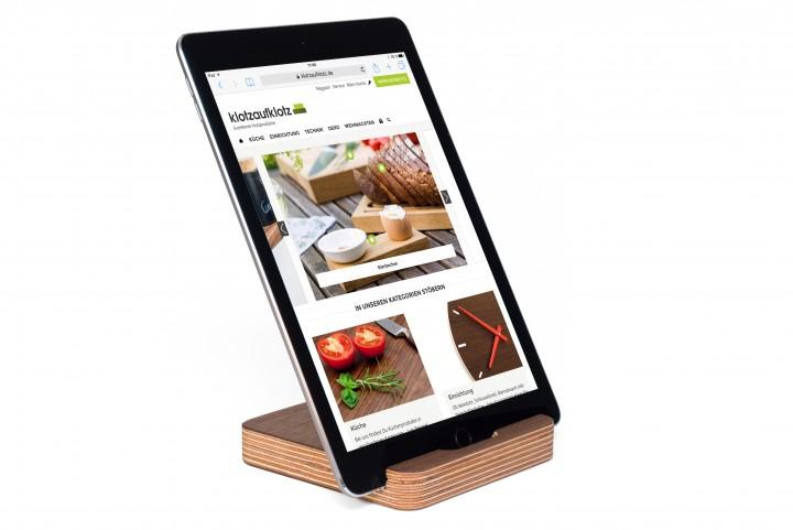 Tablet Ständer Multiplex Nussbaum