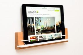 Wandhalterung iPad Buche